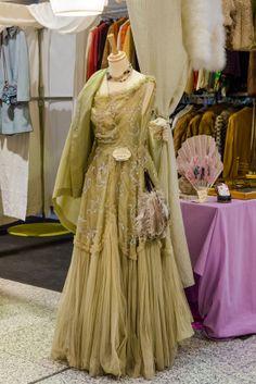 "Este vestido ""bailó"" en Versalles"