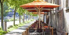 Colección de sillas y taburetes modelo Nett de Crassevig diseñado por Ton Haas. Mobiliario de diseño para oficinas, contract o hogar. (Espacio Aretha agente exclusivo para España).