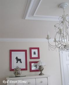 Two pieces of ceiling trim separated a little gives illusion of one large piece.
