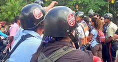 """El alcalde de El Hatillo señalí que no le extrañaba que días antes de las elecciones el gobierno """"lance unos motorizados para generar caos"""" David Smolansky"""