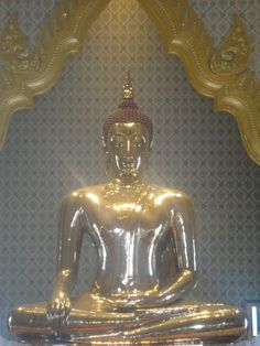 Wat Traimit (Temple of the Golden Buddha)