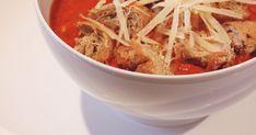 Őszintén szólva nem is gondoltam, hogy ez a recept ekkora siker lesz és mégis. Ennek azért is örülök, mert gyors, egyszerű és hihetetlenü... Japchae, Thai Red Curry, Beef, Ethnic Recipes, Food, Meat, Essen, Meals, Yemek