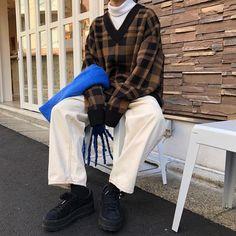 Korean Fashion – How to Dress up Korean Style – Designer Fashion Tips Outfits Winter, Uni Outfits, Mode Outfits, Casual Outfits, Fashion Outfits, Hipster Outfits, Fashion Tips, Seoul Fashion, Korean Street Fashion
