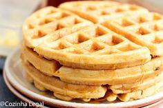 Waffle americano fofinho e crocante: receita americana • Cozinha Legal Waffle Americano, Biscotti, Food Hacks, Tacos, Bread, Breakfast, Recipes, Kiosk, Fitness