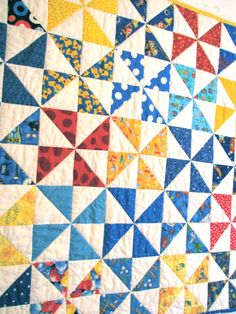 Pinwheel Baby Quilt - Front - modern quilt