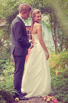 Matilda & Martins wedding 2011.  Photo Jessica Collin