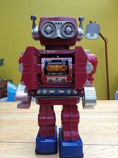 HORIKAWA VINTAGE TIN ROBOT