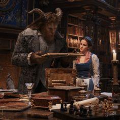Emma Watson as Belle in Disney's Beauty And The Beast Dan Stevens, Emma Watson Bela, Live Action, Disney Pixar, Walt Disney, Spring Movie, Girl Faces, Movie Guide, Disney Beauty And The Beast