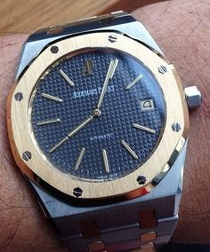 Who likes an #AudemarsPiguet with a blue dial?