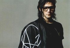 Skrillex Edm, Alan Walker, My Only Love, Emo Boys, Dubstep, Wtf Funny, Attractive Men, Favorite Person, My Man
