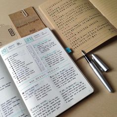 My weekends journaling, bullet journal with weekly review and one plain-writing journal entry.