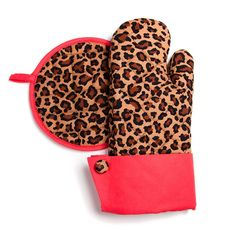 Pot Holder / Oven Mitt Set - Leopard with Red Trim - Oven Mitts - Grandway  ($18.00) #ovenmitts #leopard #print #red #kitchen