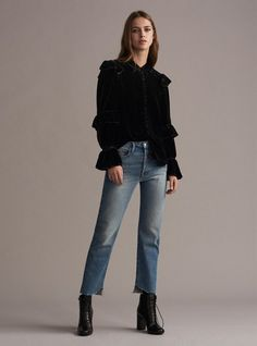 http://www.vogue.com/fashion-shows/fall-2017-ready-to-wear/frame-denim/slideshow/collection