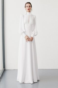 Vintage Wedding Gown I High neck Line I Long Sleeves I Crisp White Dress I Peek a Boo Collar Modest Fashion, Hijab Fashion, Fashion Dresses, Fashion Tips, Elegant Dresses, Beautiful Dresses, Dress Outfits, Dress Up, Hijab Dress