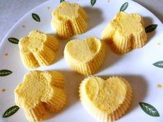 ☆おからパウダーでチーズ蒸しパン☆6個分) おからパウダー20g クリームチーズ40g 水70g 卵1個 ベーキングパウダー(BP)3g