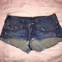 True Religion denim shorts Very cute shorts in good condition True Religion Shorts Jean Shorts