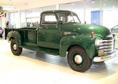 American Pickup Trucks, Classic Pickup Trucks, Vintage Trucks, Old Trucks, Old Chevy Pickups, Rv Truck, Classic Chevrolet, Chevrolet Trucks, Pick Up