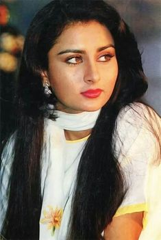 Very Beautiful Woman, Beautiful Girl Image, Indian Bollywood Actress, Indian Actresses, Poonam Dhillon, Sharara Designs, Old Advertisements, Wallpaper Space, Lady
