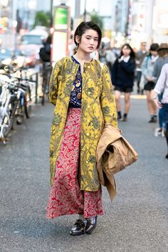 Pretty patterned look worn by Mioko on the street... | Tokyo Fashion