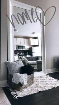 Stylish living room decorations for small rooms - # for . Stylish living room decorations for small rooms - # rooms The decoration of home . Simple Apartment Decor, First Apartment Decorating, Small Space Decorating, Apartment Design, Small Apartment Living, Apartment Bedroom Decor, Bedroom Decor On A Budget, Bedroom Decor Elegant, Budget Decorating