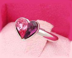 Fancy Color Diamond Heart Ring
