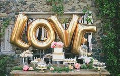 Candy bar wedding. Blush and gold. Foil balloon.