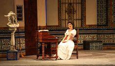 2010 Teatro Regio di Torino Regia: Vittorio Borelli Scene: Claudia Boasso