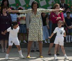 Pin for Later: La Stature de la Liberté Est Sur le Point de Se Faire Relooker Par Diane von Furstenberg Michelle Obama en DVF