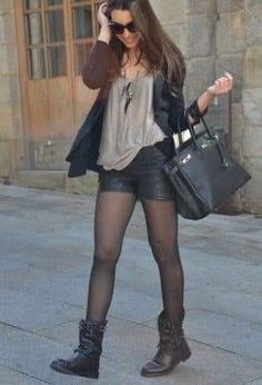 Discover and organize outfit ideas for your clothes. Decide your daily outfit with your wardrobe clothes, and discover the most inspiring personal style Hipster Outfits, Short Outfits, Fall Outfits, Casual Outfits, Church Outfits, Look Fashion, Fashion Outfits, Womens Fashion, Shorts Negros