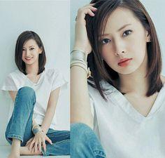 北川景子 Hyogo, Japanese Beauty, Korean Beauty, Medium Hair Styles, Short Hair Styles, Sailor Moon, Star Beauty, Asian Cute, Cute Cuts