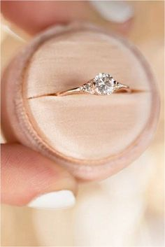 Minimalist Engagement Ring (78) #engagementring