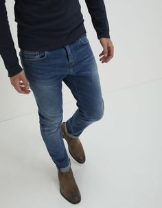 Jean tapered bleu homme IKKS Fashion Sale, 80s Fashion, Fashion Outlet, Daily Fashion, Girl Fashion, Paris Fashion, Runway Fashion, Fashion Trends, Preppy Casual