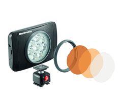 Otro que ha caído en mi saco: Manfroto Lumimuse Serie 8. Para mi la iluminación LED ha supuesto una verdadera revolución; buena luz (nivel y temperatura), bajo consumo y menor espacio y peso.