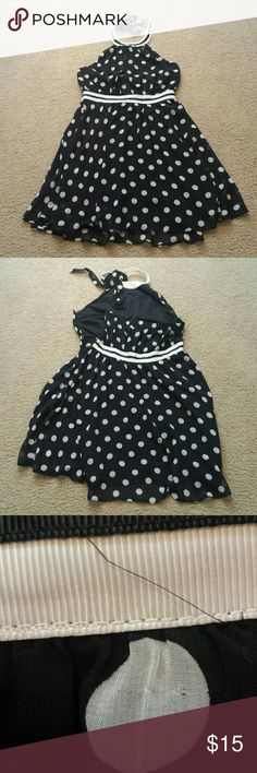 Adorable Spring Dress In good used condition, smoke-free and pet-free home, no marks or stains, small pull on 1 dot, 33 inches long, 17 inches from armpit to armpit, fully lined Charming Charlie  Dresses