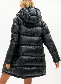 THE SUPER PUFF™ MID - Goose-down, mid-length puffer jacket Down Puffer Coat, Down Coat, Parka Style, Jacket Style, Fashion Games, Sporty Fashion, Women's Fashion, Winter Fashion, Wraps