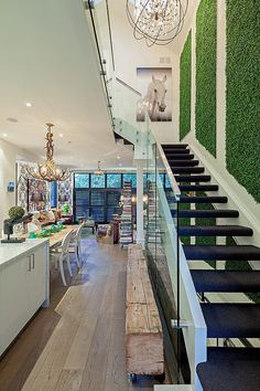 1095 Royal York Residence by R. H. Carter Architects