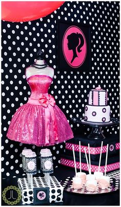 "High-Fashion Barbie / Birthday ""Bella's Barbie Boutique"" catchmyparty.com"