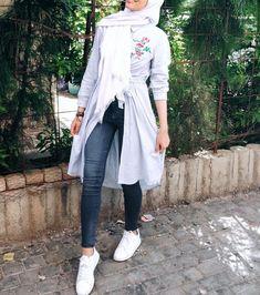 Muslim Fashion, Modest Fashion, Hijab Fashion, Girl Fashion, Fashion Outfits, Modest Outfits, Chic Outfits, Modele Hijab, Hijab Style