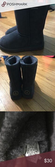 Bearpaw boots LIKE NEW! Like new! No signs of water damage or wear. Bought from another posher but unfortunately they don't fit me. Size 8/9 women's, charcoal gray in color. Make an offer! BearPaw Shoes