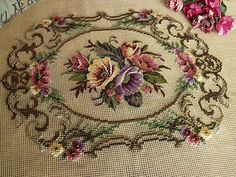 23-034-Vintage-Art-Beautiful-Handmade-Preworked-Needlepoint-Canvas-20K-PETIT-POINT