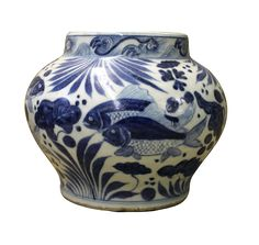 """This is a Chinese decorative porcelain small pot in Blue and White color finish. The theme is oriental scenery graphic.   Dimensions:   Dia 7"""" x h5.5"""" Origin:               China Material:          Porcelain Condition:       hand made, not perfect finish, no chip, no crack"""