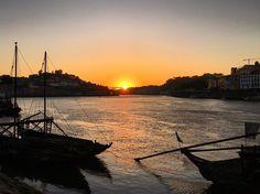 Sunset in #Porto #Portugal#Spring#boats#wine#pordosol#tramonto#sunset#sky#portugues#riodouro#douro#portogallo#rio#river#europa#europe#trip#travel#viajar#turistando#viajando by rravara
