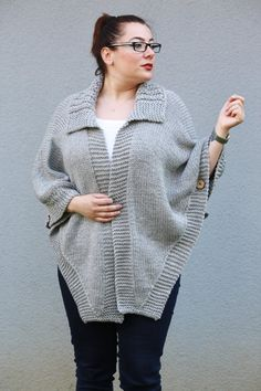 Hand Knitted Light Gray Poncho, Plus Size Cardigan, Wooden Button Outwear Large size Outerwear Coffee Bean pattern Made to Order Knits