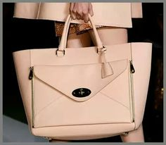 1034334e307f I want to present you the Mulberry spring 2013 handbags collection and  especially the Mulberry Willow Tote that I consider to be the must-have of  the coming ...