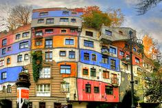 """""""Hundertwasserhaus"""" in Vienna - I love the idea of communal living house as well as the artistic design"""