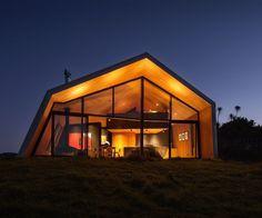 Modern huis in Nieuw-Zeeland met bijzonder gave trap - Roomed