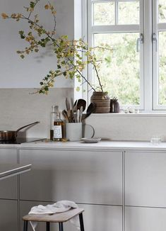 Calming warm kitchen space #bestkitcheninterior