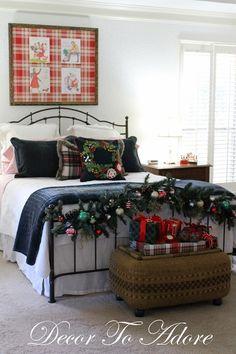A cozy christmas bedroom - decor to adore Christmas Bedroom, Cozy Christmas, Blue Christmas, Christmas 2016, Simple Christmas, Christmas Decor, Christmas Ideas, Xmas, Purple Bedroom Decor