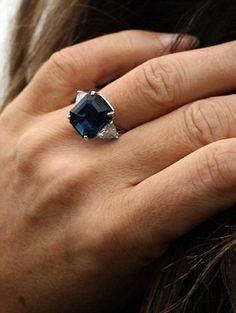 elizabeth's hurley fabulous sapphire ring!