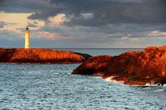 Last light at Out Skerries Lighthouse, Shetland Celtic Dance, Celtic Nations, Scotland Travel, Steamer, Lighthouses, Beautiful Landscapes, Darkness, Monument Valley, Islands